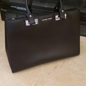 Michael Kors Bags - Michael Kors black satchel
